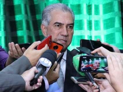 Decreto exonera 1,9 mil comissionados do governo Reinaldo Azambuja