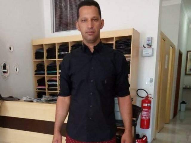 Suspeito foi preso preventivamente e polícia procura outras vítimas (Foto: Reprodução Facebook)