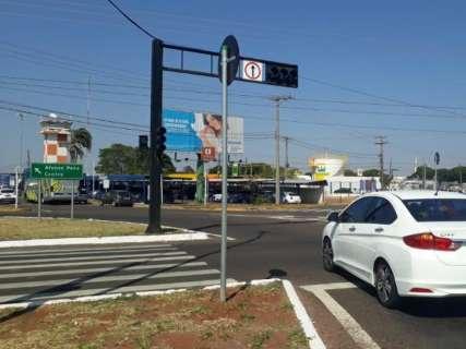 Aeroporto fica sem energia e semáforos desligam na Duque de Caxias