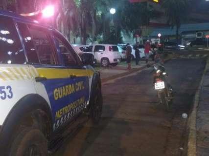 Monitorado por tornozeleira eletrônica, homem é flagrado bêbado com moto furtada