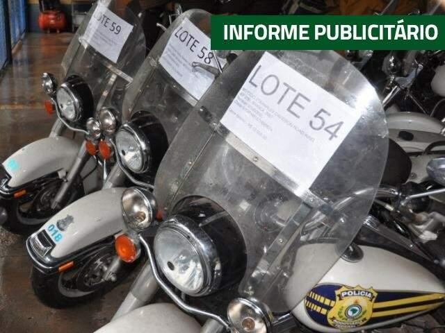 Motos estão no pátio da PRF. (Foto: Marcelo Calazans)