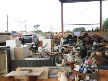 Para evitar dengue, município recolhe resíduos de grande volume no Lageado