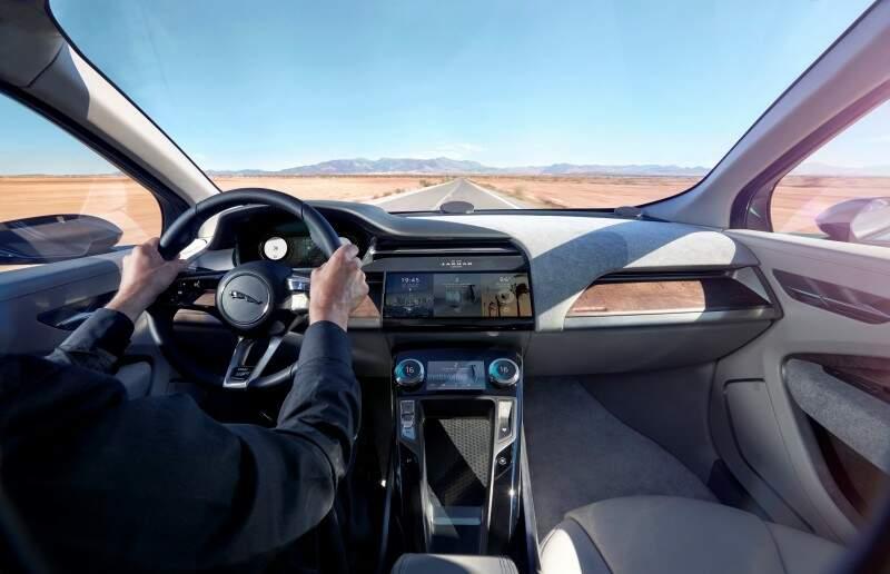 Jaguar divulga imagens do conceito elétrico I-PACE