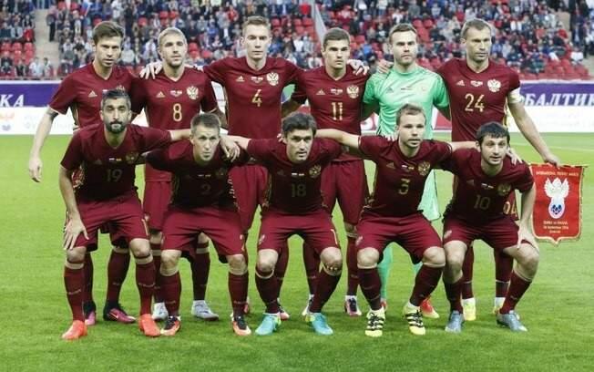 Comandada pelo técnico Stanislav Cherchesov, a seleção russa não é favorita nem mesmo na fase de grupos (Foto: Divulgação)