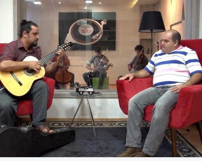 Conheça o instrumental com Quinteto Araça e a alma da música pantaneira