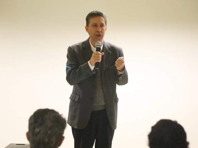 Declaração foi dada durante evento que anunciou emenda de R$ 1 milhão para a Santa Casa (Foto: Fernando Antunes)