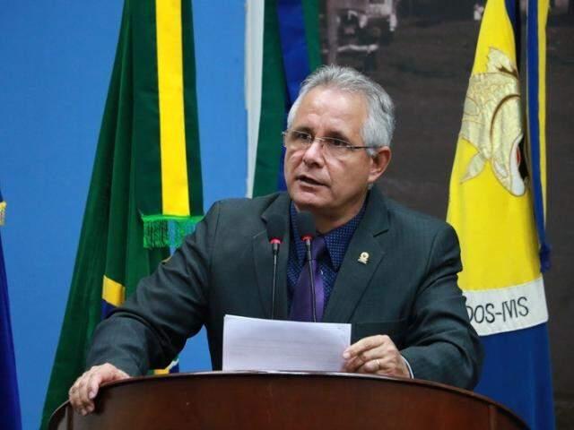 Sérgio Nogueira disse ter avaliado quadro e que vai colaborar com campanha de Reinaldo. (Foto: Câmara Municipal de Dourados/Divulgação)