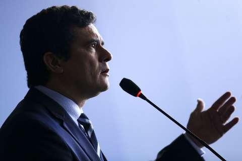 Moro vai a Pedro Juan discutir acordo de combate ao narcotráfico