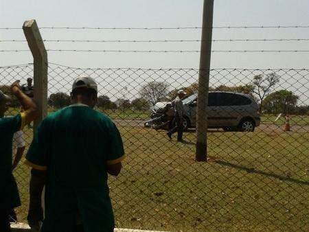 O acidente ocorreu quando o Scenic atingiu o outro veículo que seguia pela rodovia.(Foto:Repórter News)