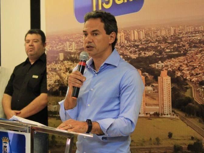 Prefeito de Campo Grande, Marquinhos Trad (PSD), discursa durante evento. (Foto: Marina Pacheco/Arquivo).