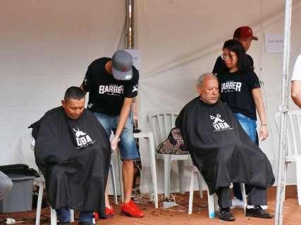 Reviva Cultura vai até 14h com doação de animais e corte de cabelo de graça