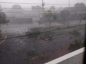 No bairro Zé Pereira, ventania e chuva (Foto: Direito das Ruas)