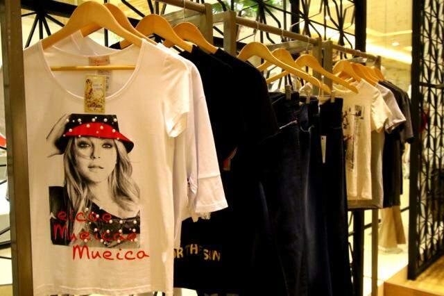 Loja tem t-shirts incríveis por R$ 89,90 e calças jeans de diferentes cortes e lavagens, a partir de R$ 189,90.