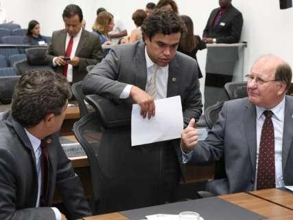 """Tucanos dizem que foco é """"reforçar time"""" para reeleição de Reinaldo"""