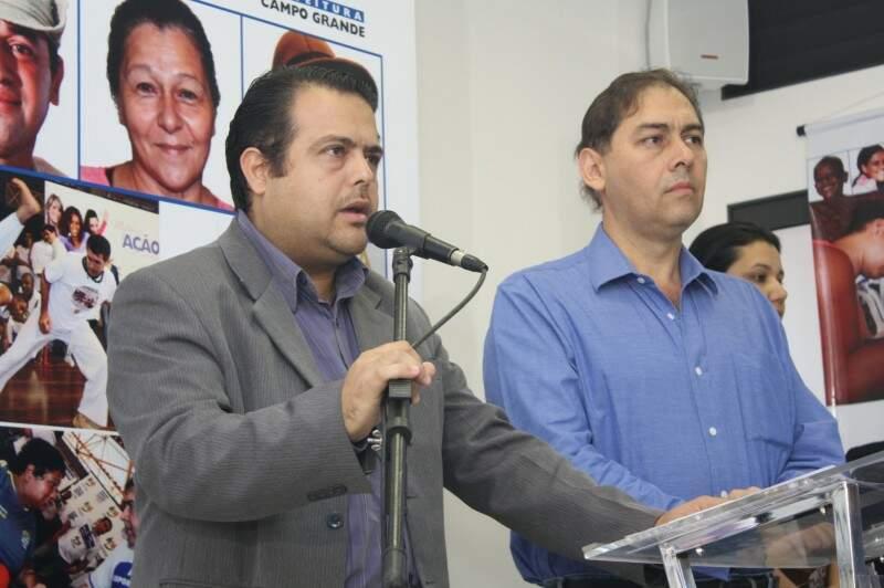 Secretário de Saúde, Ivandro Fonseca, disse que mais de 90 escolas estão em estado precário (Foto: Marcos Emílio)