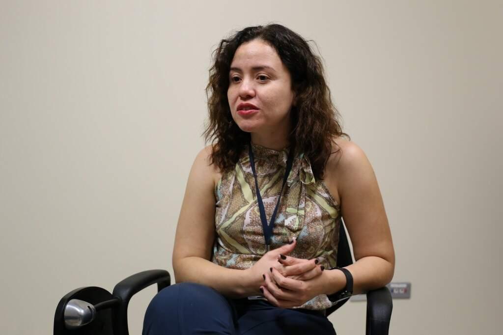 Sandra é psicóloga e responsável pela coordenação do grupo. (Foto: Paulo Francis)