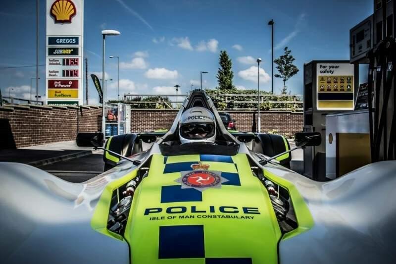 O carro de polícia mais rápido do mundo