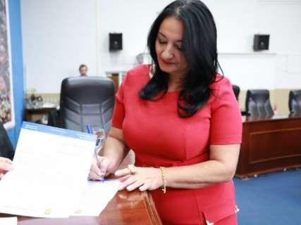 Afastados da Câmara pela Justiça, vereadores querem receber salários