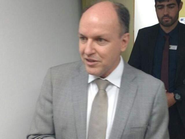 Mochi afirma que proposta sobre taxas cartorárias será analisada agora por técnicos da Assembleia. (Foto: Leonardo Rocha)