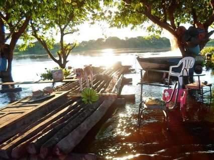 """Com chuvas constantes, ribeirinhos temem """"supercheia"""" no Pantanal"""