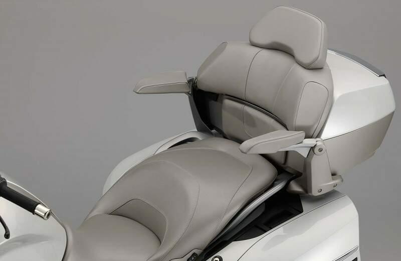 BMW Motorrad apresenta nova K 1600 GTL Exclusive