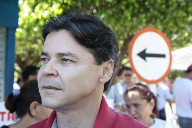 Após chapa única, Paulo Duarte vai dividir prefeitura com liderança do PT