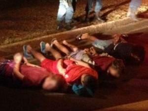 Os quatros foram detidos após troca de tiros com a polícia. (Foto: divulgação/Batalhão de Choque)