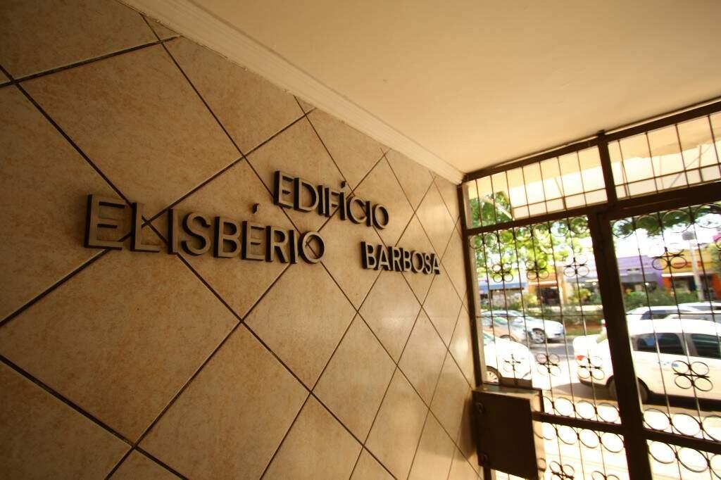 Entrada do Elisbério Barbosa, prédio onde Nilza também morou. (Foto: André Bittar)