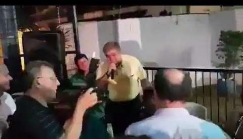Marun repete em evento do PMDB música que enfureceu Benito di Paula