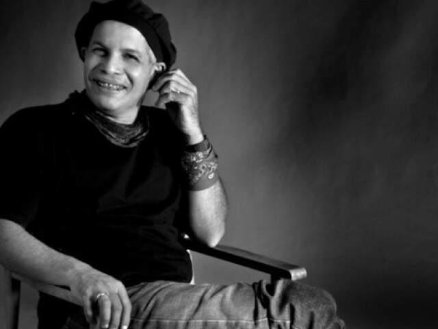 Ator e coreógrafo Célio Adolfo foi um dos nomes mais representativos no meio teatral e da dança em Campo Grande. (Foto: EV Imagens)