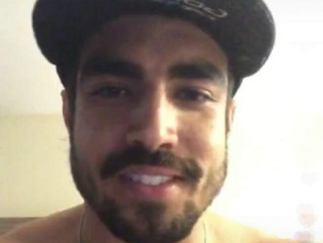 Ator usou as redes sociais para dizer aos fãs que estava bem (Foto: Reprodução)