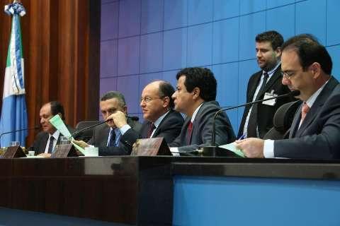 Deputados começam a votar projeto que permite a promotores chefiar MPE