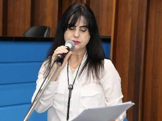 Deputada Mara Caseiro, da bancada ruralista, discursa na Assembleia (Foto: Victor Chileno/ALMS)
