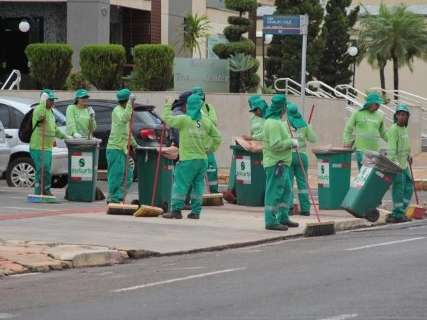 TCE manda suspender decreto que anulou contrato da coleta de lixo