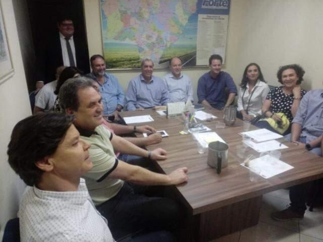 Lideranças do MDB se reuniram na manhã de hoje, em Campo Grande (Foto: Leonardo Rocha)