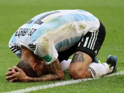 Em jogo quente, Argentina perde por 4 a 3 para a França e está fora da Copa