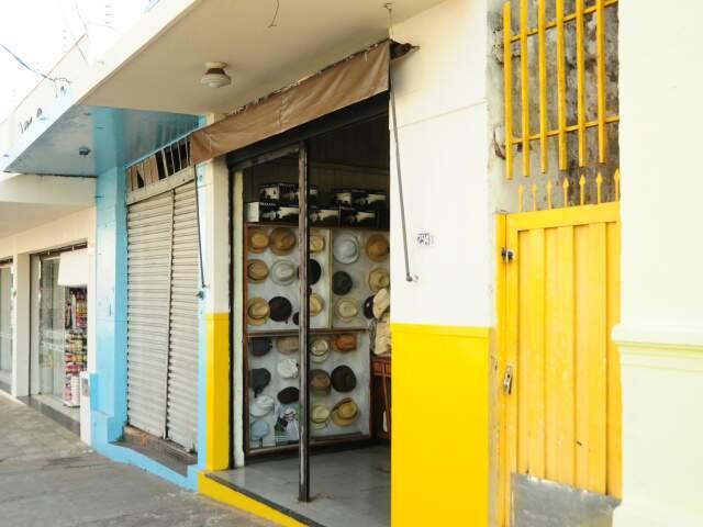 Há 60 anos loja funciona no mesmo endereço, na 14 de Julho.