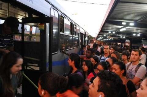 Passe de ônibus deve custar R$ 3,95 a partir do começo de dezembro