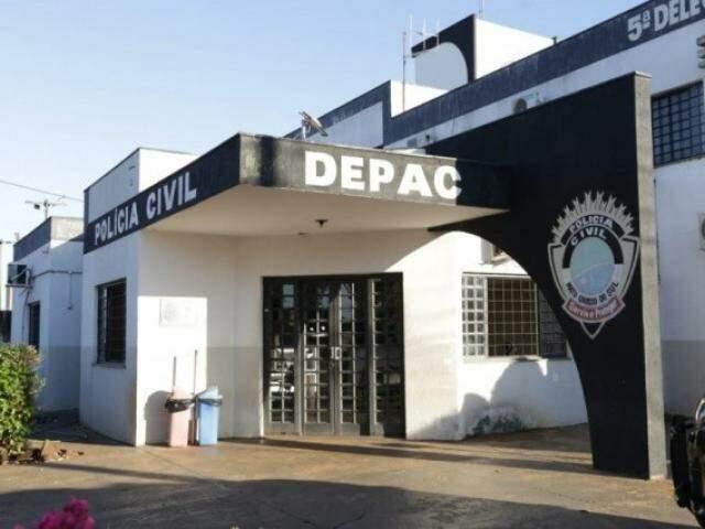 Caso foi registrado na Depac Piratininga (Foto: Kisie Ainoã)