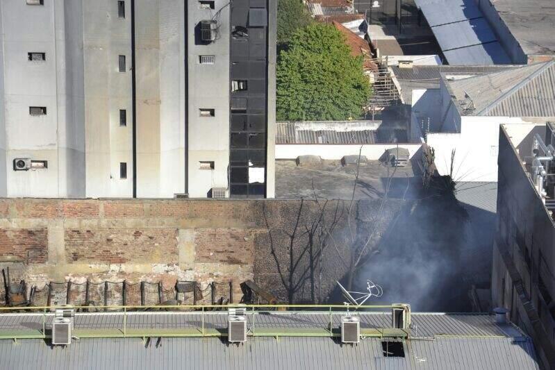 Prédio Executivo Center foi liberado após vistoria (Foto: Simão Nogueira)