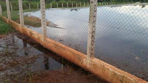 Justiça determina que Estado faça perícia para apurar contaminação em rio