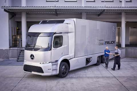 Mercedes-Benz começa a testar caminhões totalmente elétricos