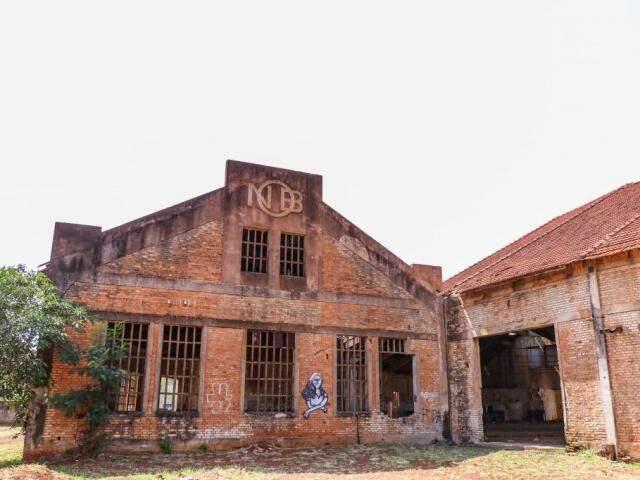 Rotunda faz parte do patrimônio da ferrovia em Campo Grande. (Foto: Henrique Kawaminami)