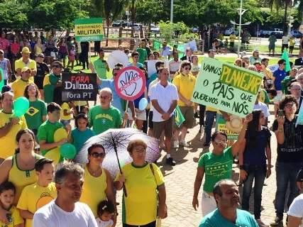 Três Lagoas tem concentração de manifestantes em praça