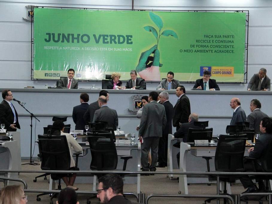 Aprovado por unanimidade, em regime de urgência e em única discussão e votação, o projeto sofreu alteração durante a tramitação (Foto: Câmara de Vereadores/Divulgação)