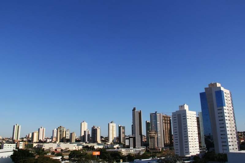 Campo Grande terá temperatura mínima de 7° C neste domingo (Foto: Marcos Ermínio)