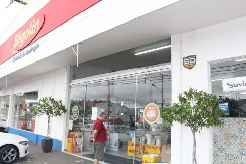 Bigolin fecha lojas e funcionários e empresa divergem sobre motivos