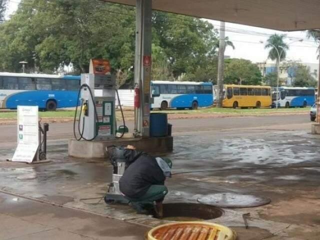 Posto em Dourados já não tinha gasolina nesta sexta-feira. (Foto: Dourados Agora)
