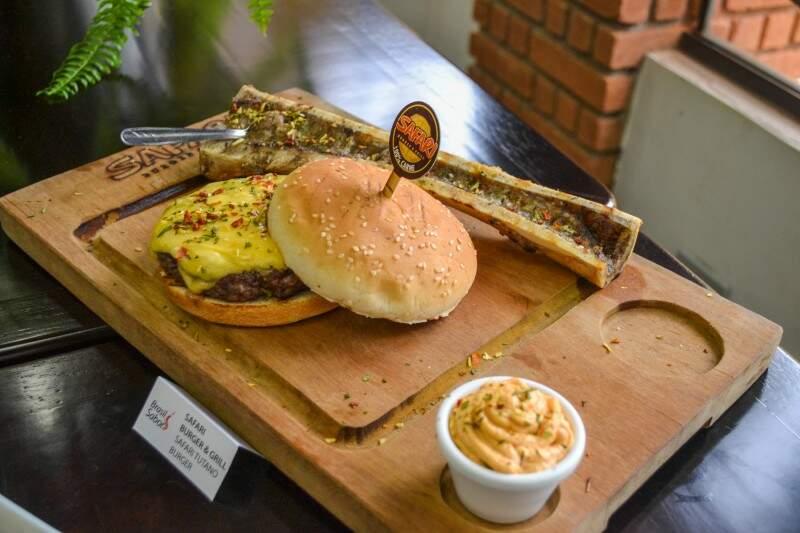 Hambúrguer do Safari com ossobuco foi criado para o festival Brasil Sabor (Foto: Naiane Mesquita)