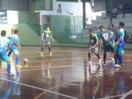 Copa Pelezinho Ensino Médio realiza três jogos neste domingo na Capital
